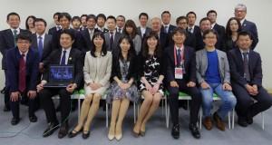 第16回LIME会議にて集合写真(白川先生はSkype参加で崎元先生の膝上のPCで写っています)